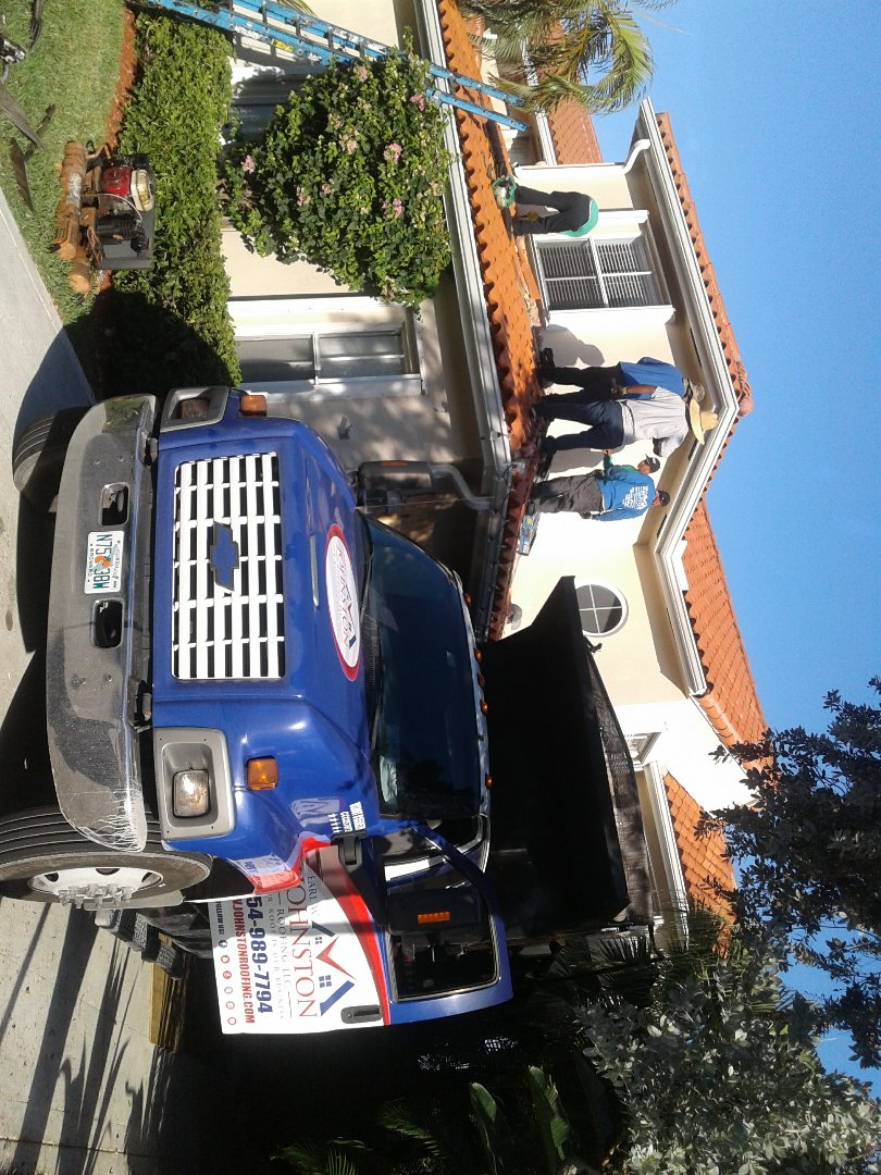 Hollywood, FL - Starting a 18sq tile reroof in Hollywood, by Earl w Johnston roofing