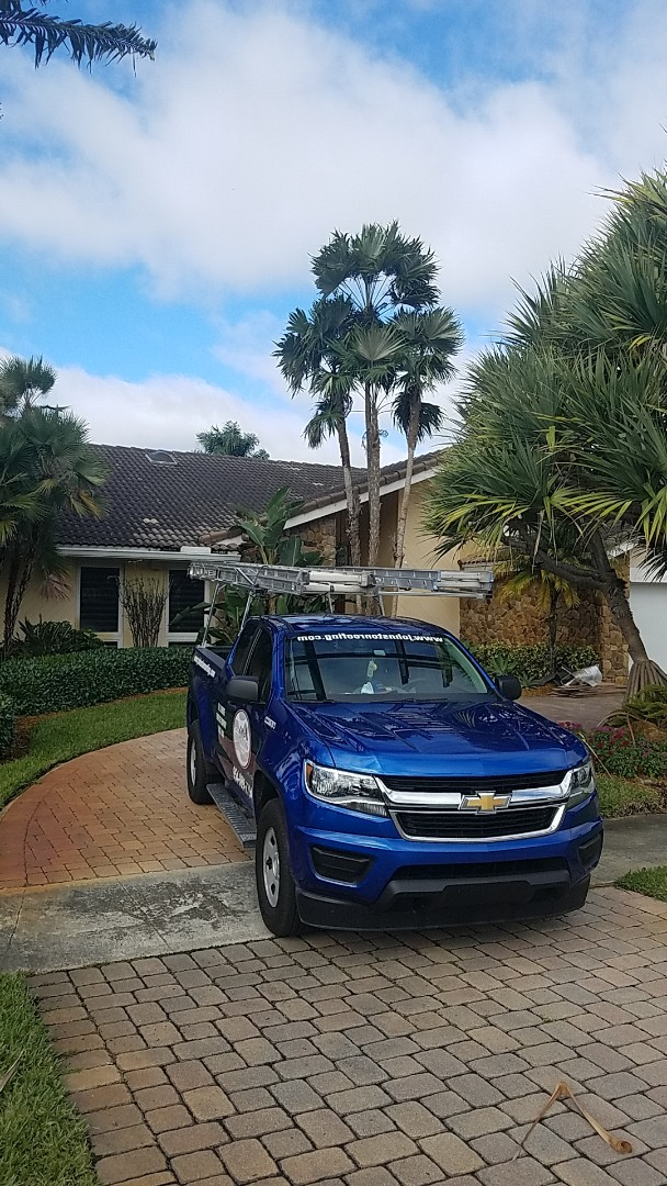 Miami, FL - Tile roof repair estimate by Earl Johnston Roofing Company