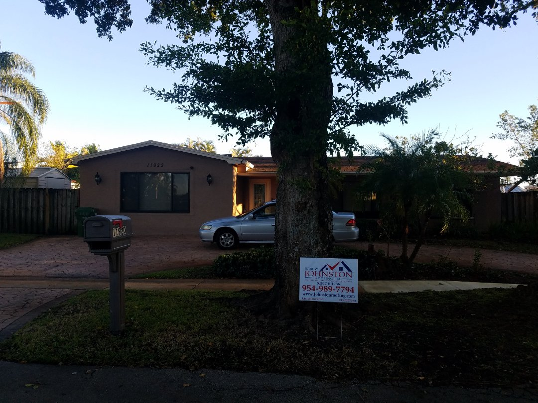 Miramar, FL - Shingle roof replacement is signed up in Pembroke Pines