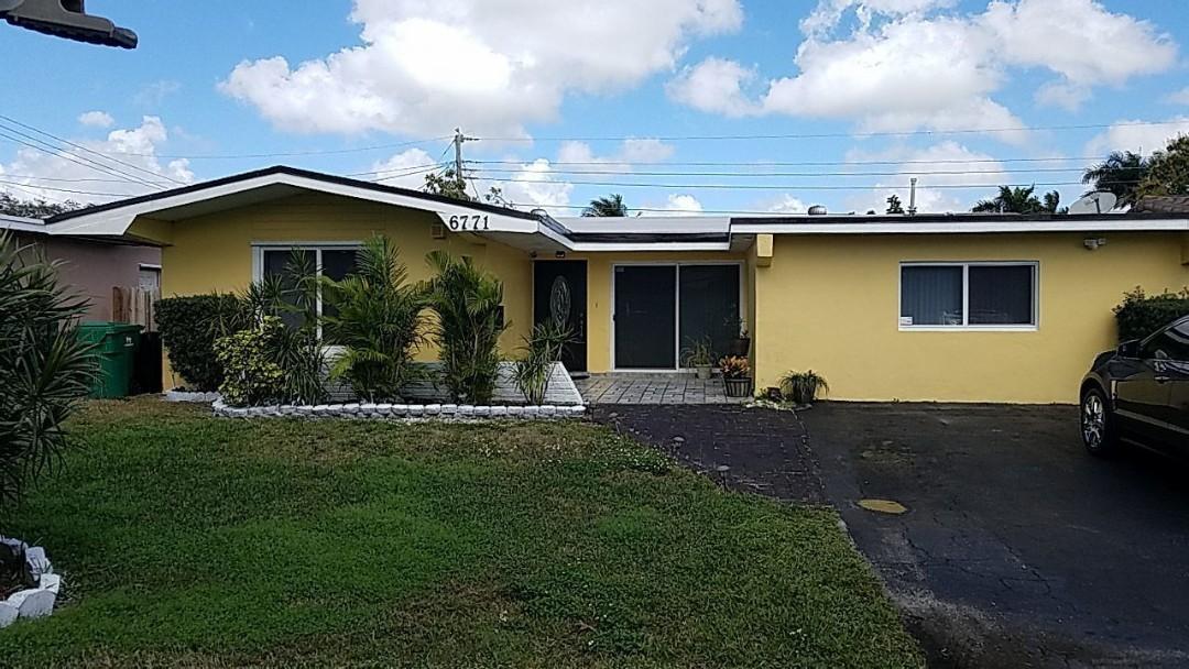 Miramar, FL - Shingle and flat re-roof estimate in Miramar, FL