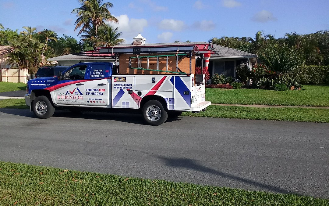 Plantation, FL - Shingles roof repair in the city of plantation fl this repair is being done by earl w johnston roofing company jose duane end Marino are you repair technician