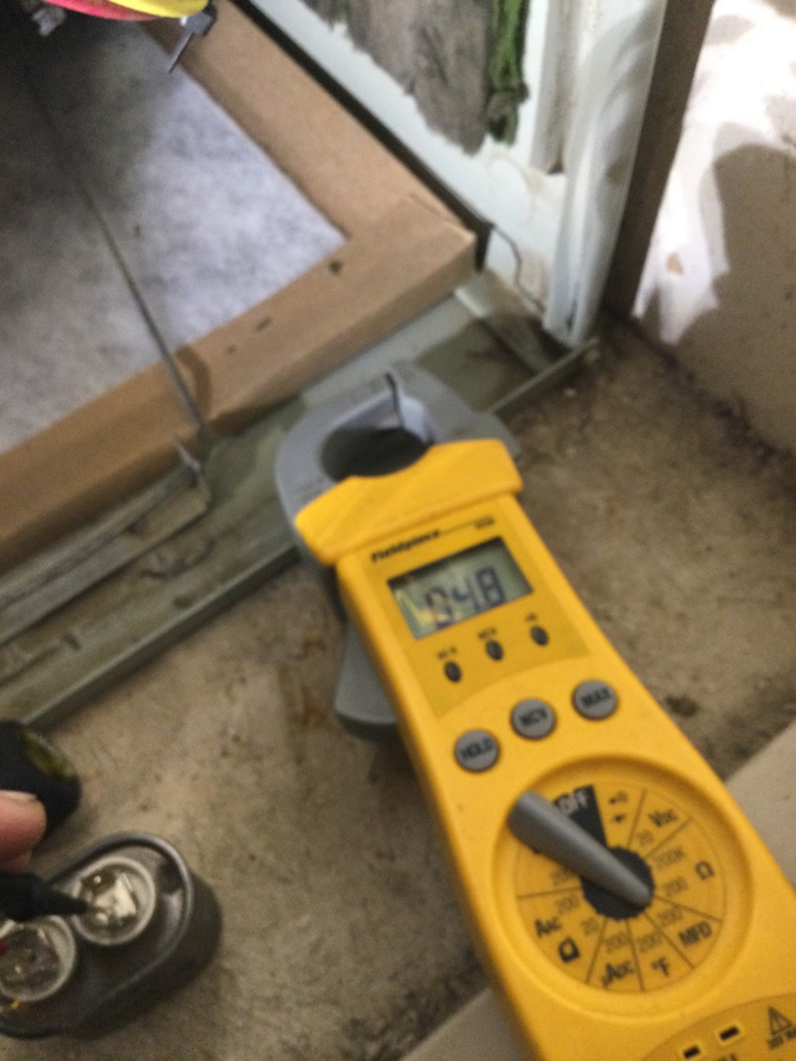 Merced, CA - Perform spring cooling maintenance tested amps for compressor fan tested capacitors unit is performing at this time recommended customer to look into a system upgrade due to the unit being 26 years old
