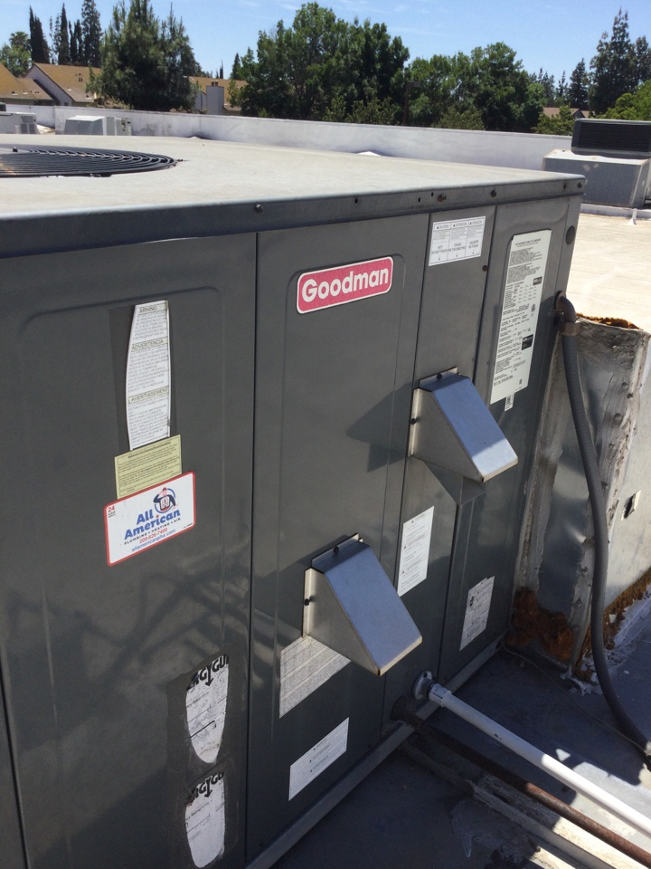 Merced, CA - Out to perform ac maintenance and safety inspection. Rooftop package unit. Noticed no issues at this time. Spoke with client about importance of changing filters.