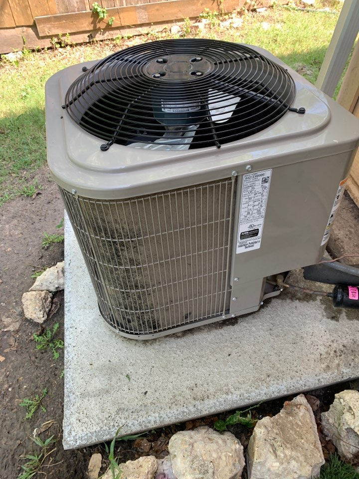 Mesquite, TX - Dirty condenser coil