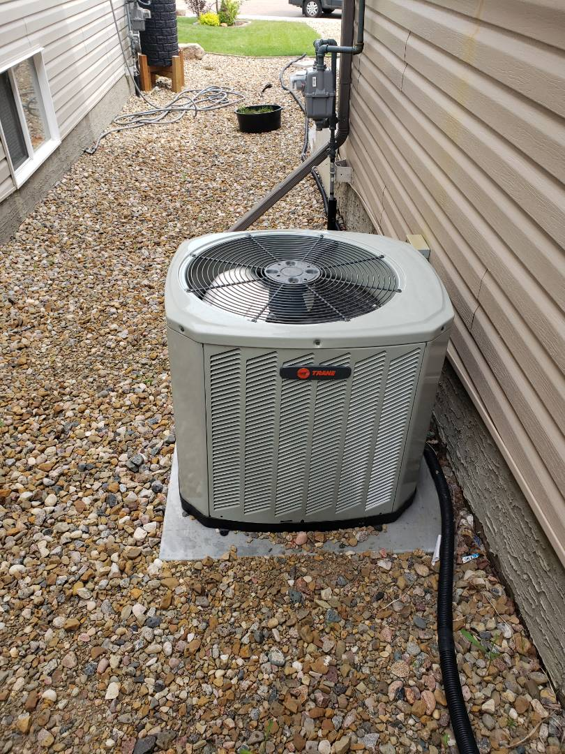 Lloydminster, AB - Just got this Trane Ac unit going again. Low ambient switch replacement completed.