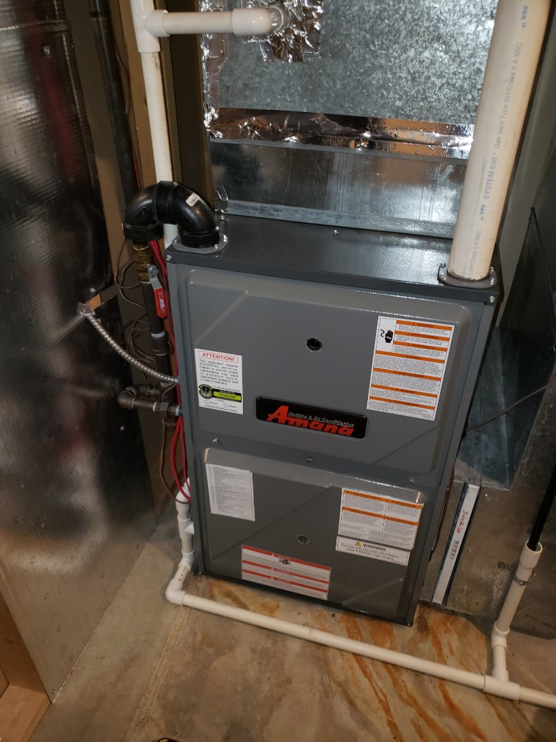 Lloydminster, SK - Just tuned ul this Amana furnace.