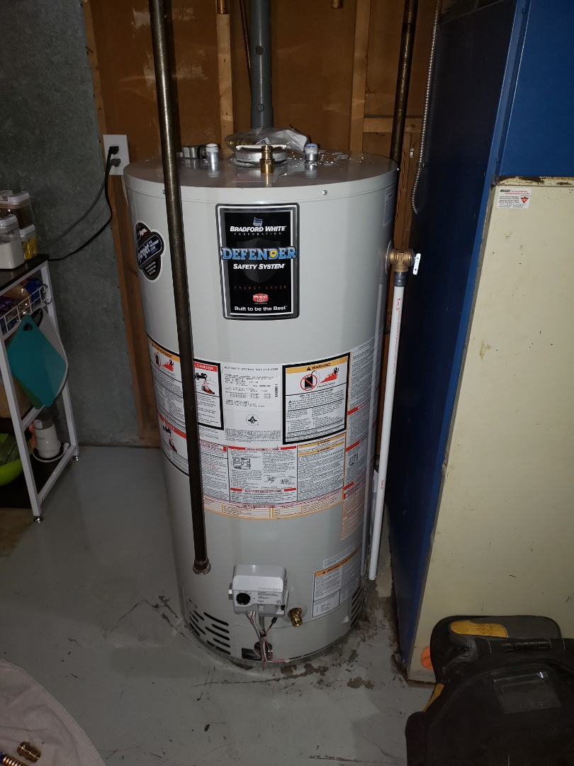 Lloydminster, SK - Just replaced an old John Woods water heater for this beautiful Bradford White water heater.