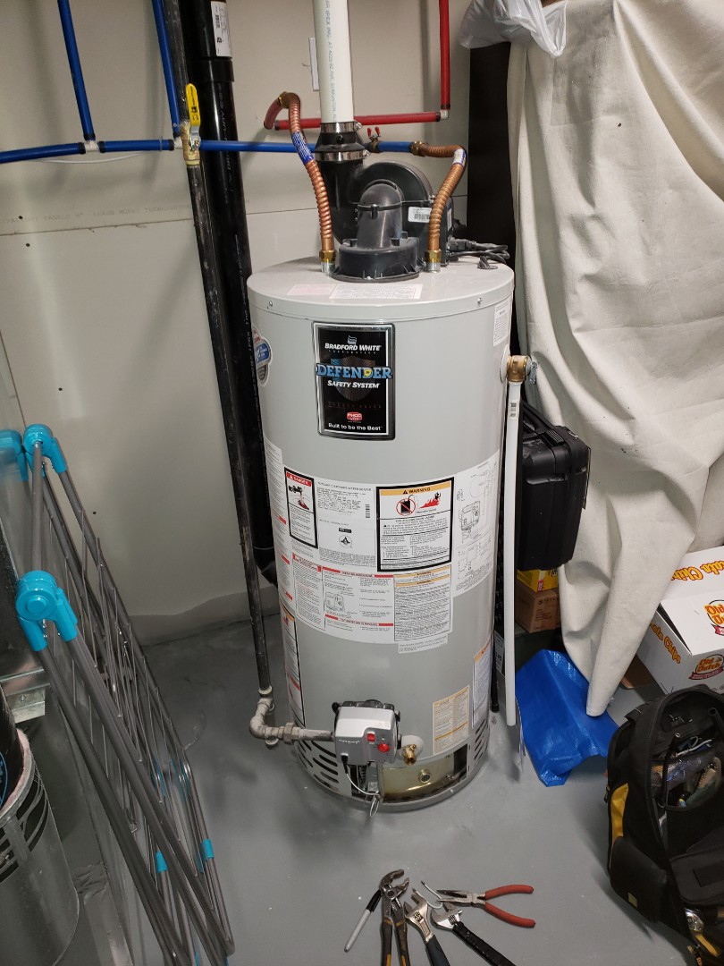 Lloydminster, AB - Just got the water heater going again by changing the gas valve.