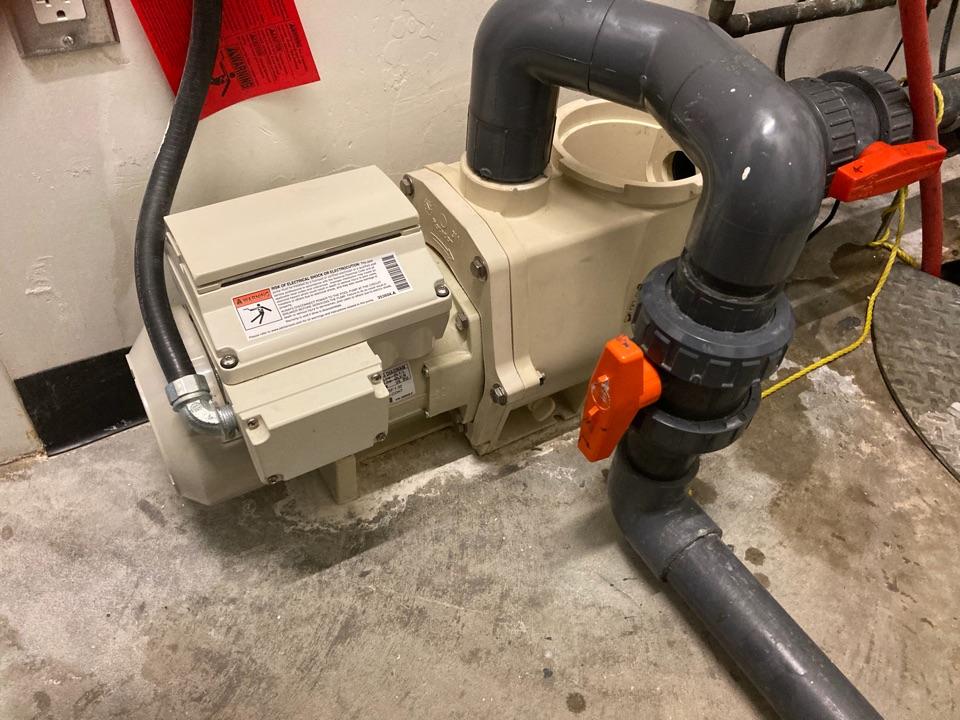 Lloydminster, SK - Change pool pump seals.