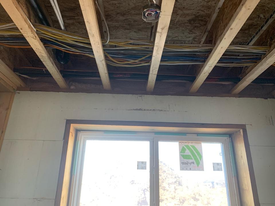 Lloydminster, AB - Sprayfoam basement rim joist. And Sprayfoam garage ceiling to lived in space up above .