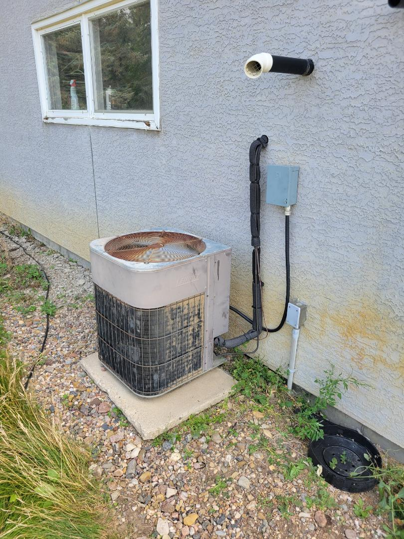 Blackfoot, AB - Just got the ac system cooling again while we wait to replace it.