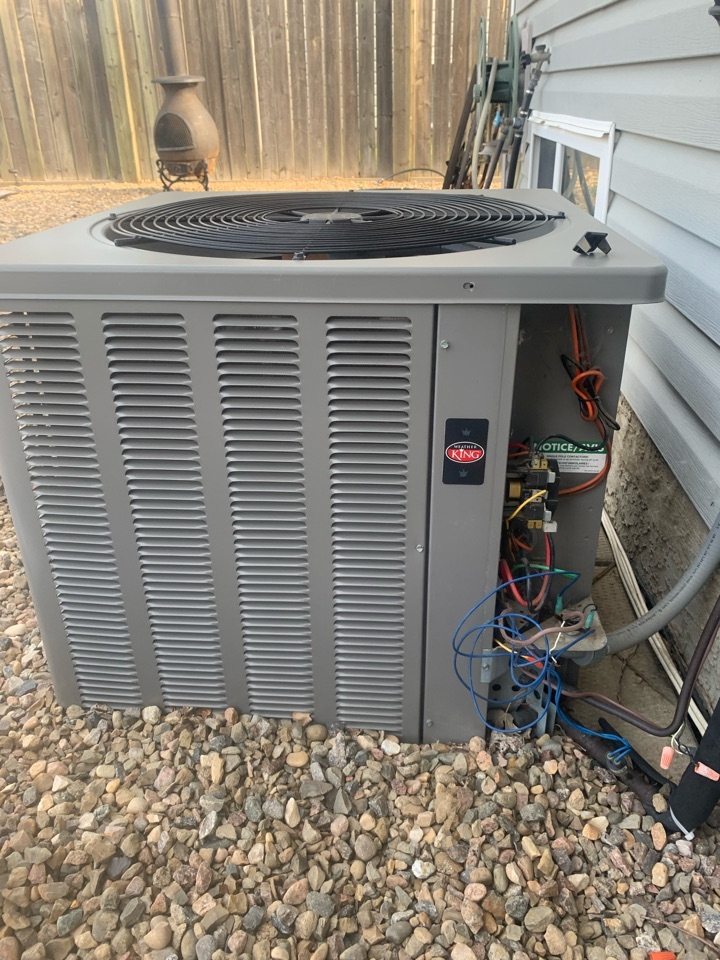 Lloydminster, AB - Diagnosed and solved this great family's AC issue today.