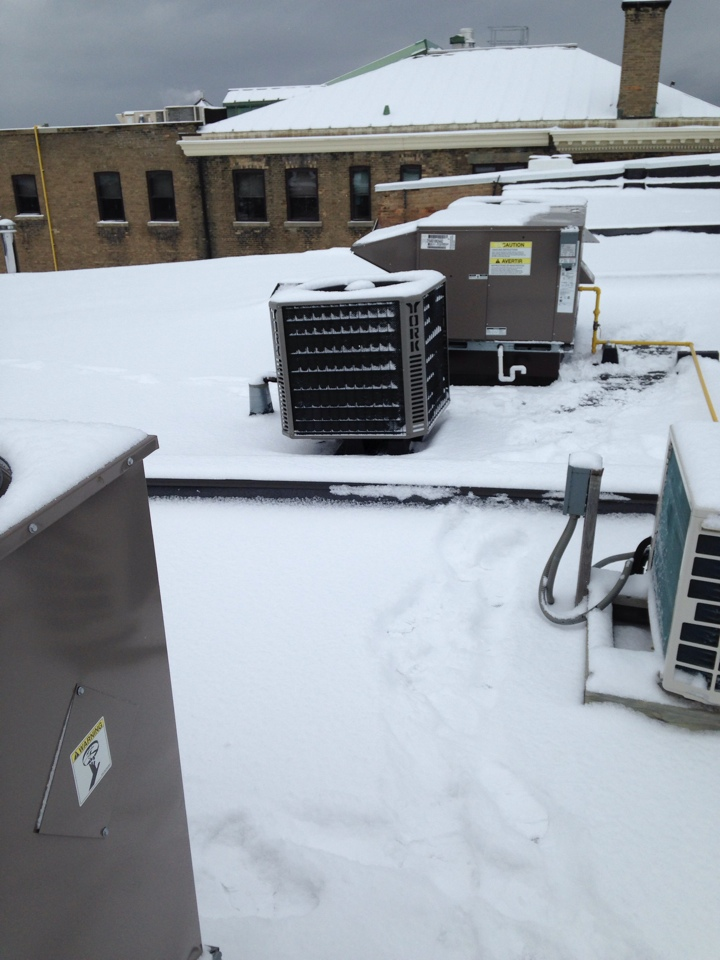 Barrie, ON - Rooftop heating service repair and maintenance Barrie Ontario