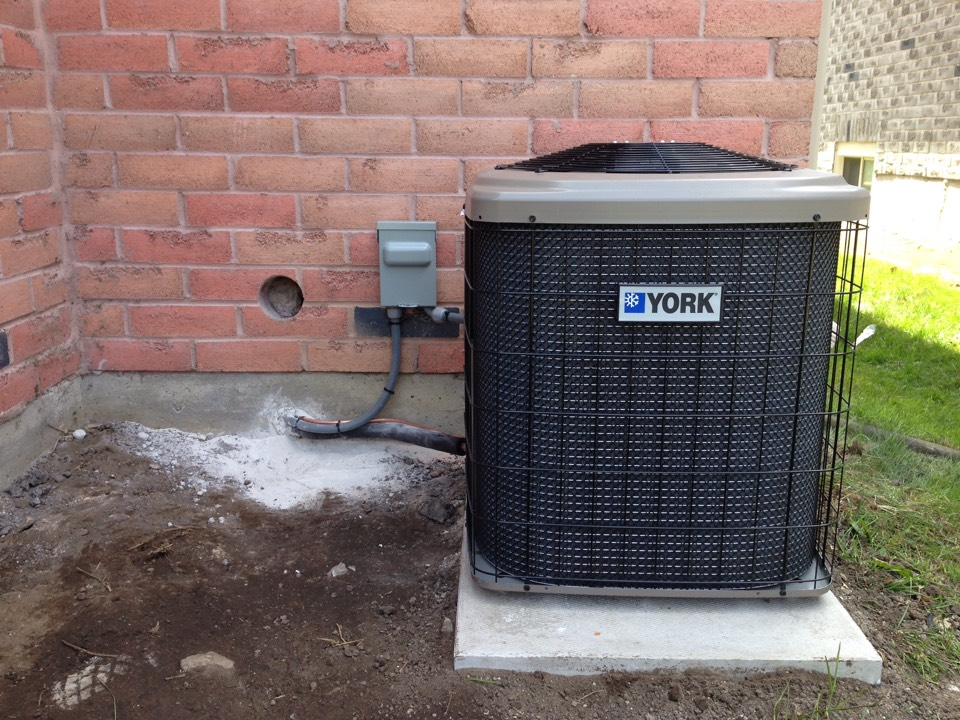 Barrie, ON - York air conditioner installation with new refrigerant lines and duct work modifications