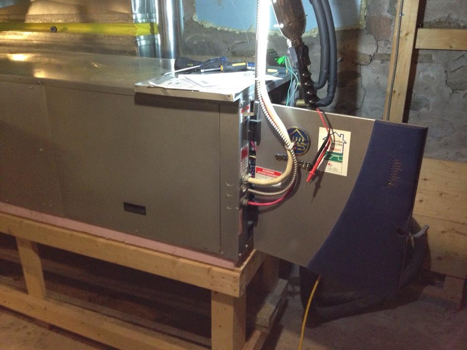Creemore, ON - Water furnace geothermal heat pump maintenance
