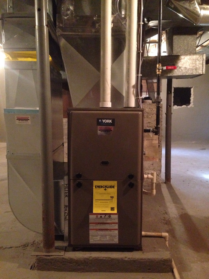 Creemore, ON - York 2 stage furnace with 636 venting system, new gas line and duct work modifications