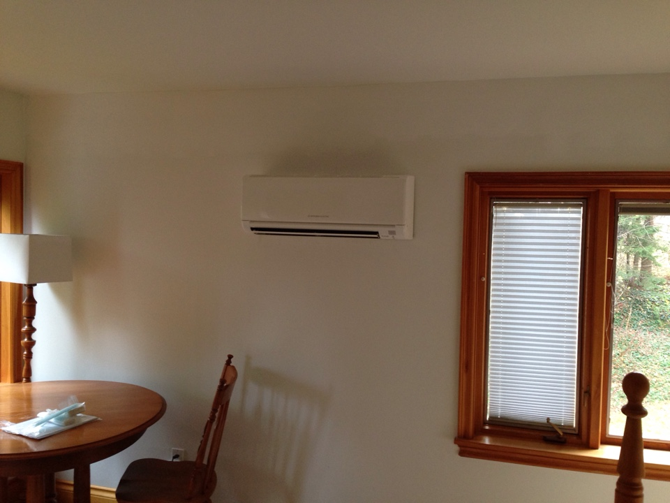Clarksburg, ON - 2nd story Mitsubishi ductless heat pump installation