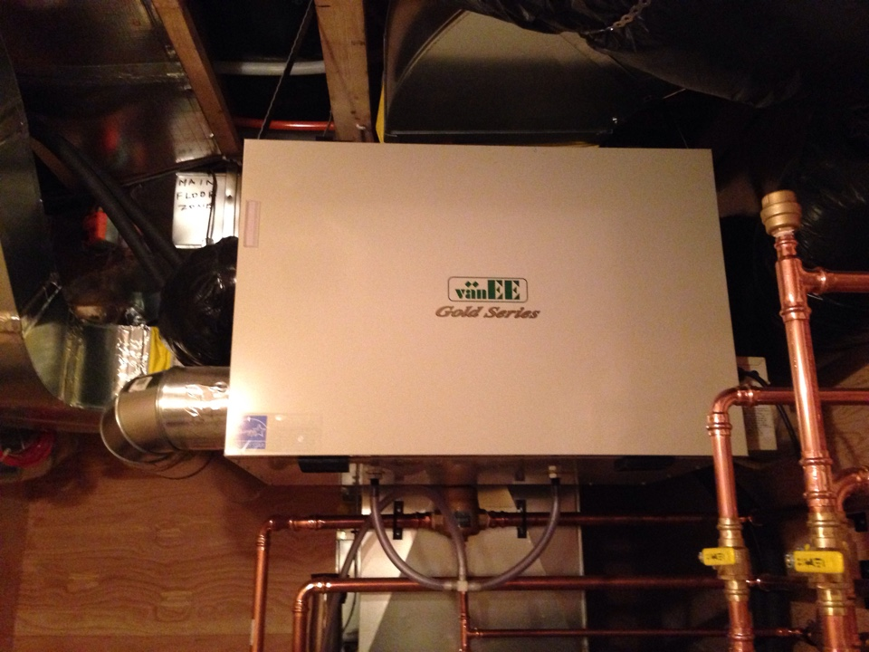 Creemore, ON - VanEE gold series HRV installation