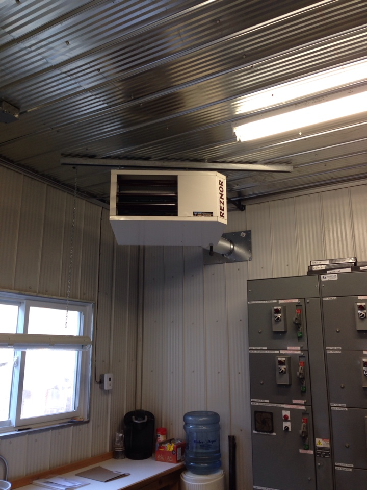 Minesing, ON - Reznor unit heater installation