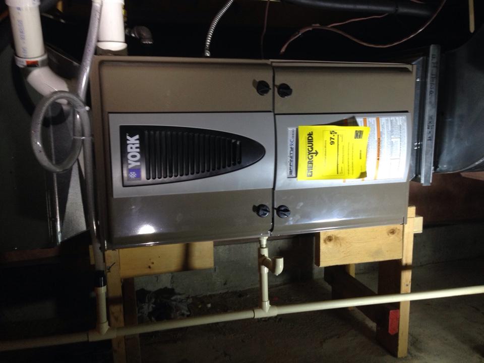 Wasaga Beach, ON - York modulating furnace installation