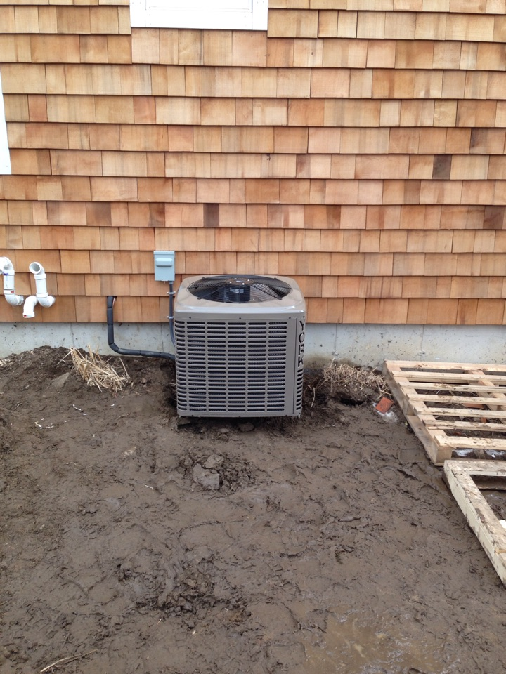 Meaford, ON - York 2 ton central air conditioner installation