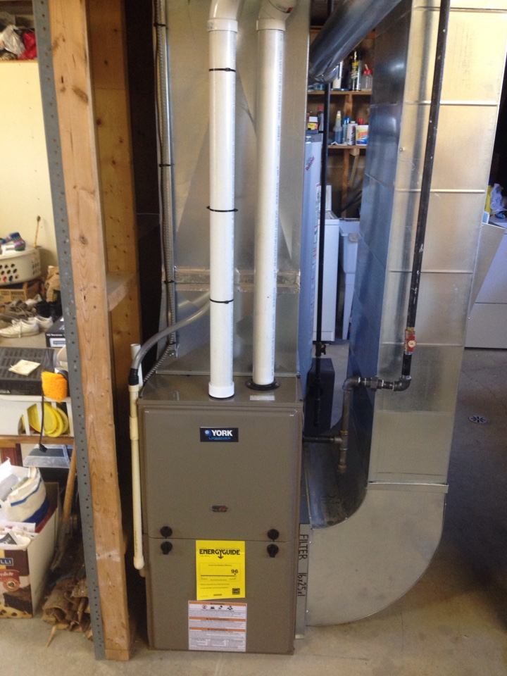 Stayner, ON - York 2 stage furnace installation with 636 vent system and custom sheet metal transitions