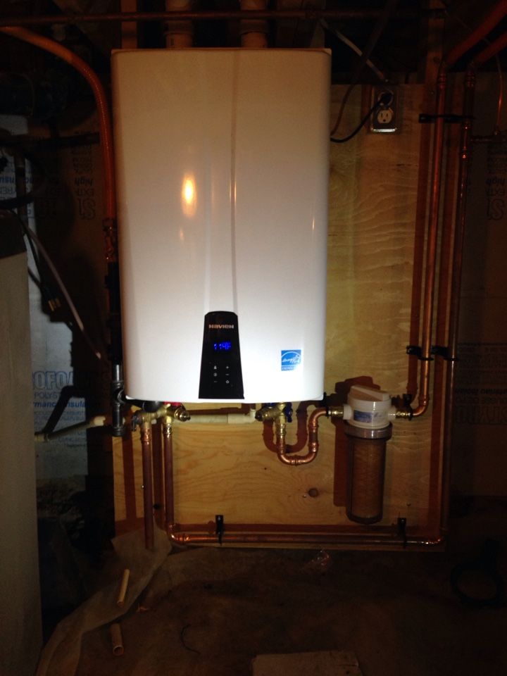 Collingwood, ON - Navien tankless water heater installation with 636 vent system