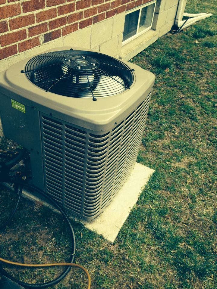 Stayner, ON - A/c start up & maintenance