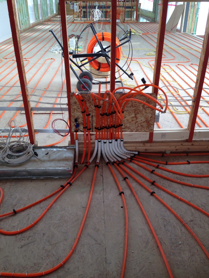 Clarksburg, ON - Radiant in floor heating rough in
