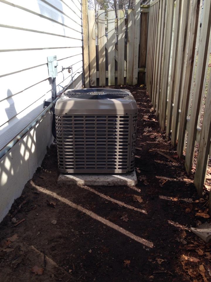 Wasaga Beach, ON - York 1.5 ton air conditioner installation