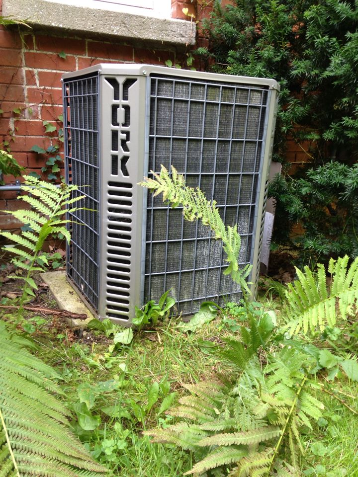 Creemore, ON - Ac maintenance