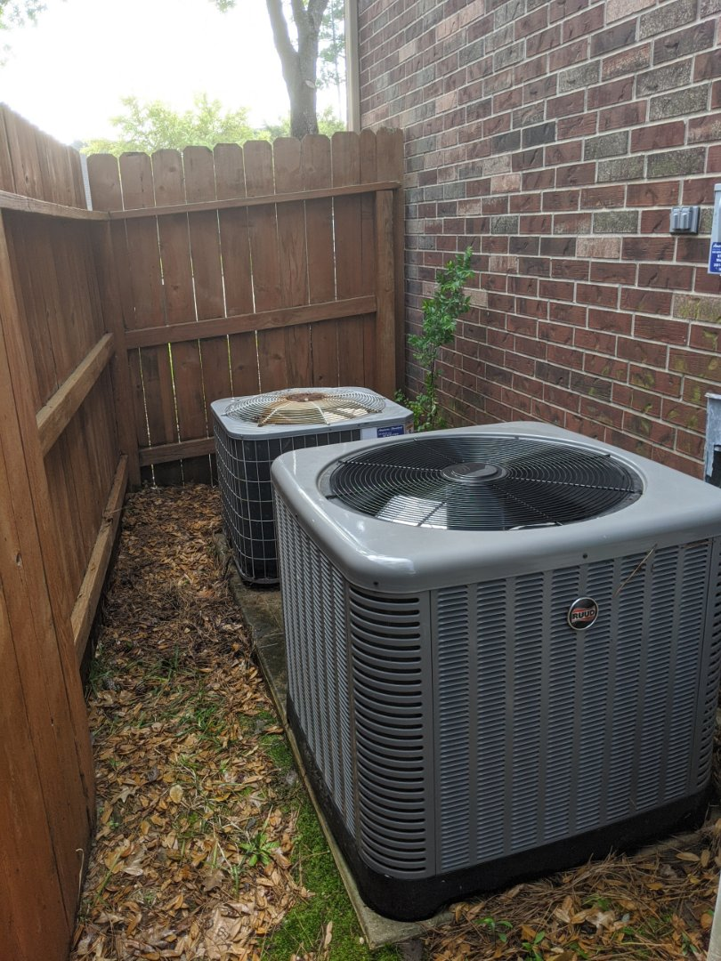 Cypress, TX - Performed preventative maintenance on Ruud and Carrier systems. Replaced bad capacitor, cleared drains and washed condenser coils in Cypress.