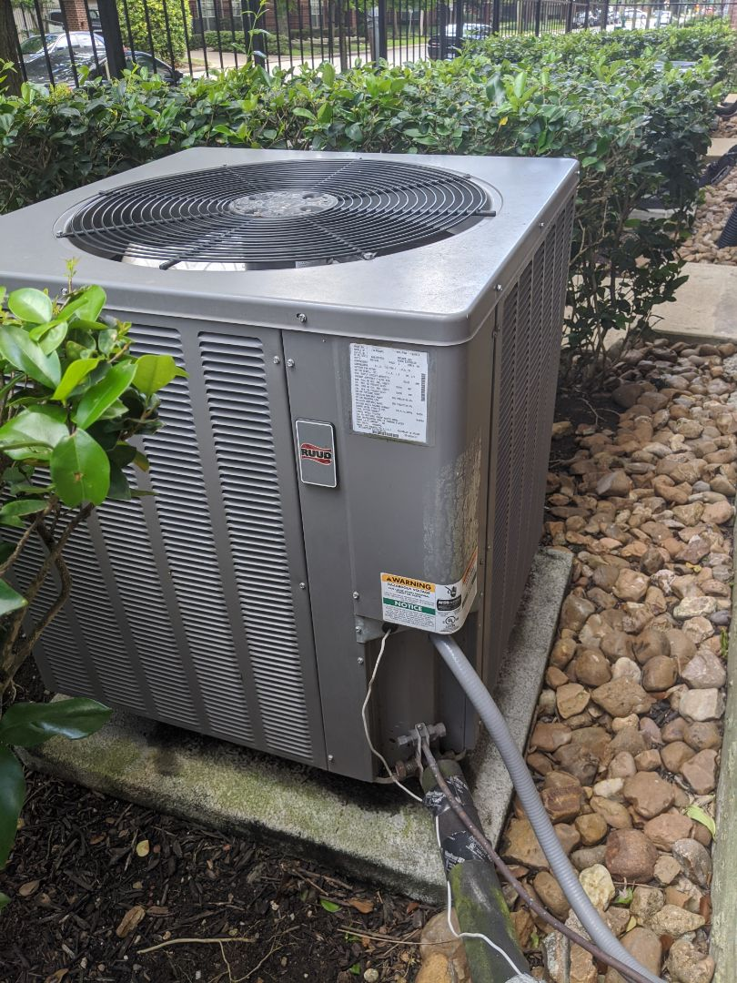 Houston, TX - Performed preventative maintenance on Ruud HVAC system. Treated drains, and tested all components in Midtown Houston.