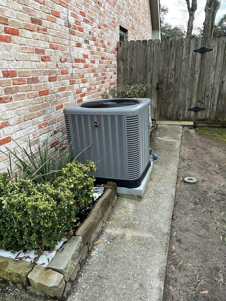 Houston, TX - Completed repairs on RUUD furnace in Memorial