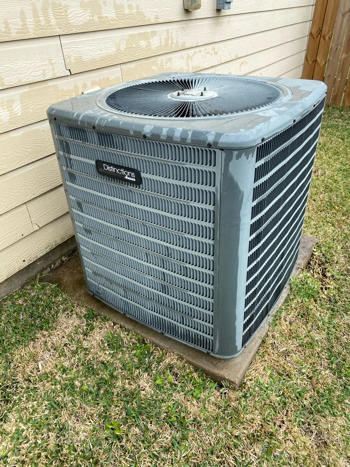 Katy, TX - Completed a cooling preventative maintenance check on an Amana system in Katy, TX