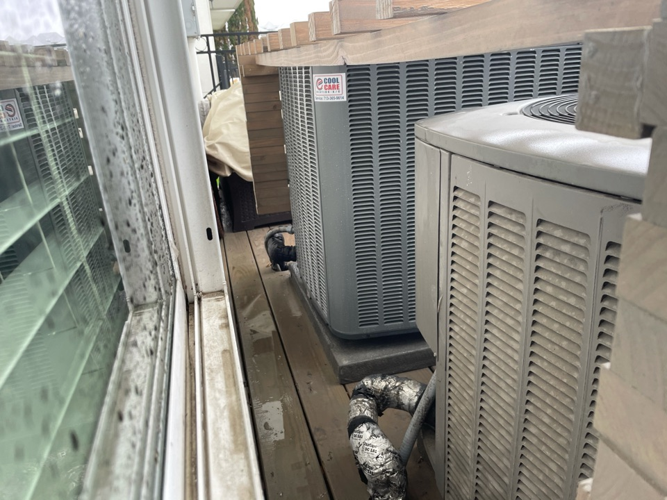 Houston, TX - Complete spring preventative maintenance on Lennox/Amana systems in Spring Branch