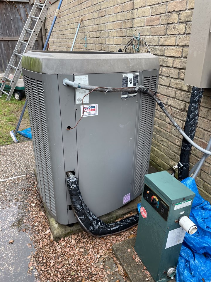 Houston, TX - Completed preventive maintenance inspection on Lennox system in Spring Shadow