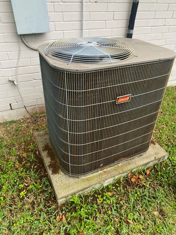 Houston, TX - Completed a cooling preventative maintenance check in Houston, TX