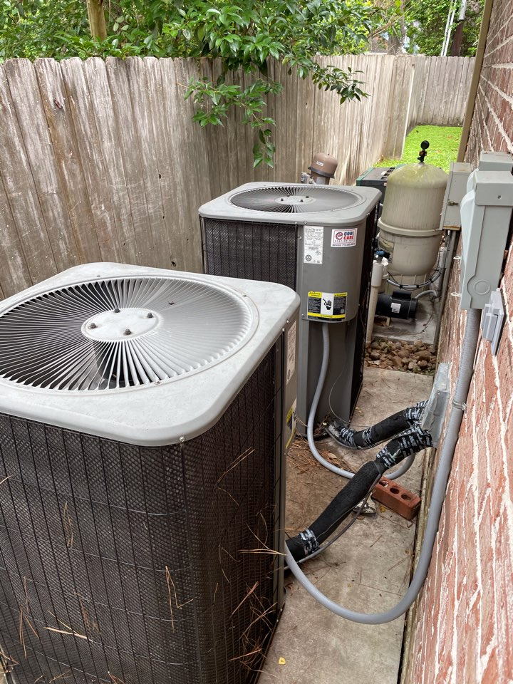 Houston, TX - Complete system check on Lennox systems in Bunker Hill Village