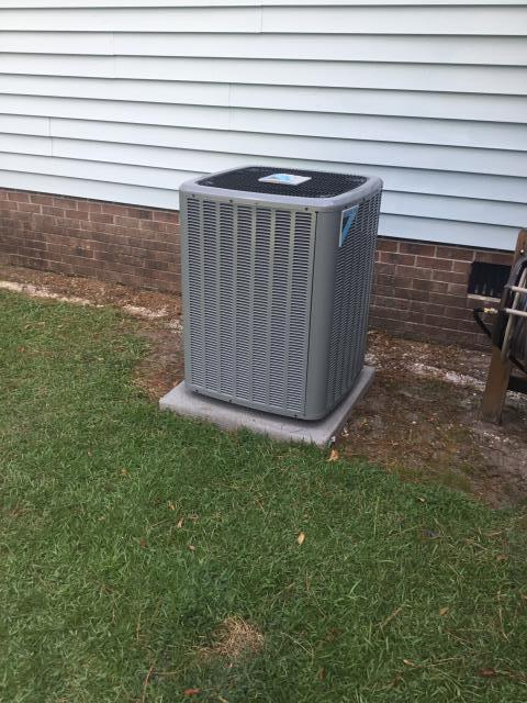 Grifton, NC - Installed 3 ton 14 seer Daikin Heat Pump Split System.