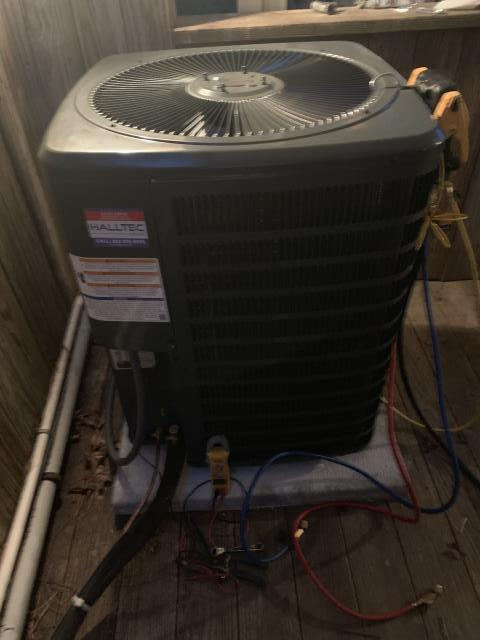Kinston, NC - Furnish and Install 2 Ton 14 SEER Goodman Heat Pump System