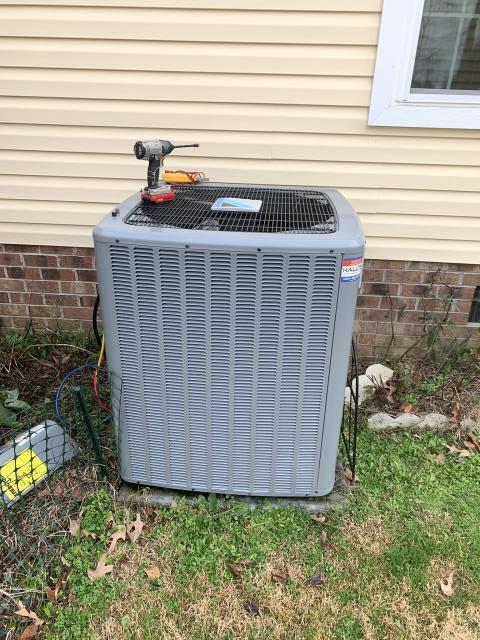 Ayden, NC - Performed preventative maintenance on Daikin unit.