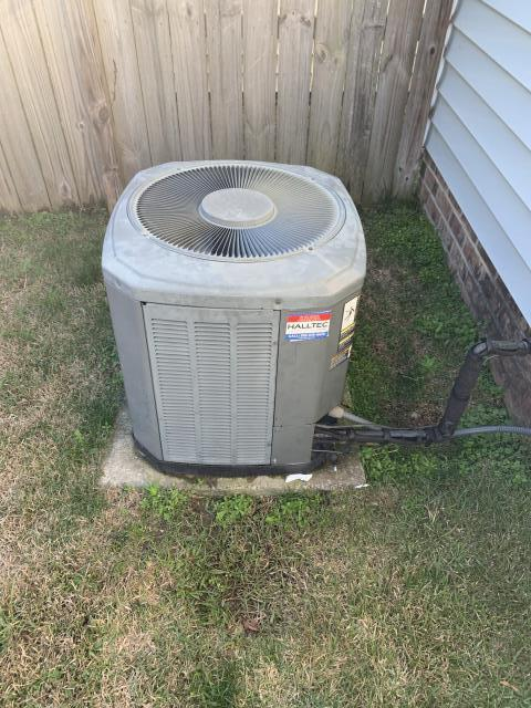 Ayden, NC - Performed preventative maintenance on Trane split system