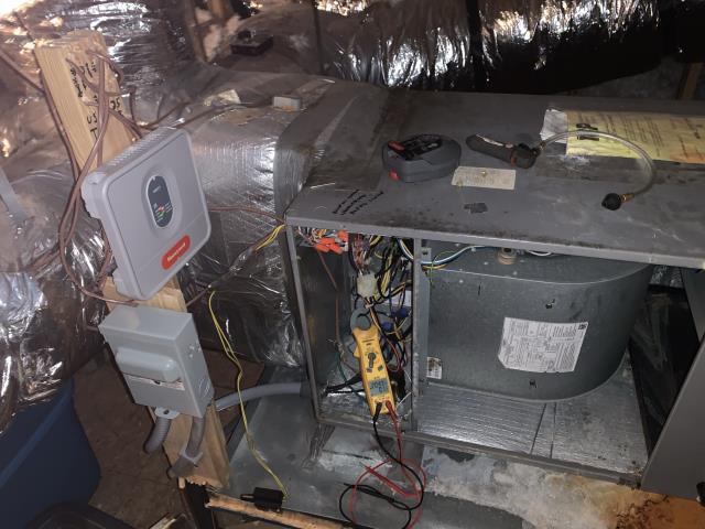 Greenville, NC - Completed preventative maintenance on Comfort Maker Split System.
