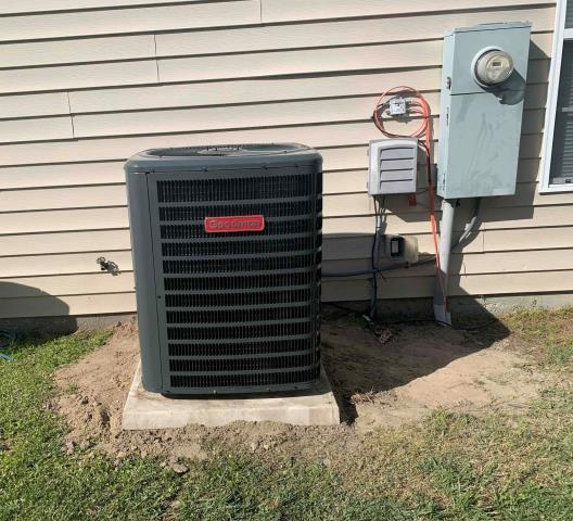 Greenville, NC - Installed a Goodman Split System Heat Pump