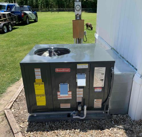 Ayden, NC - Installed a Goodman 2.5T Gas Pac