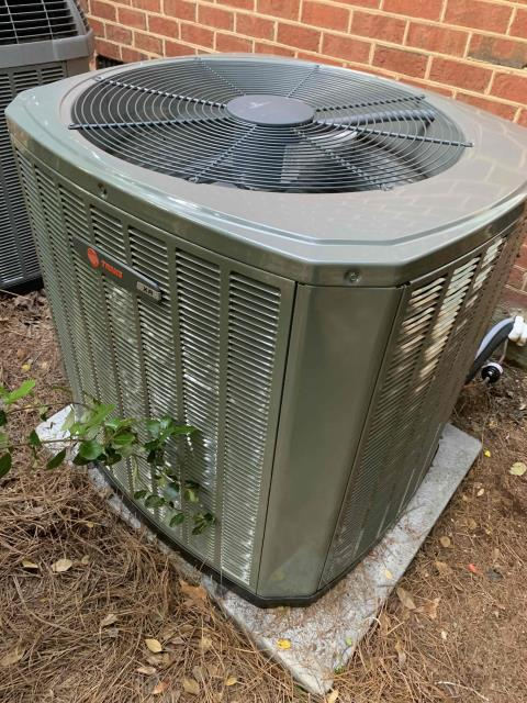 Greenville, NC - Installed a 3T Trane A/C with Furnace and coil.