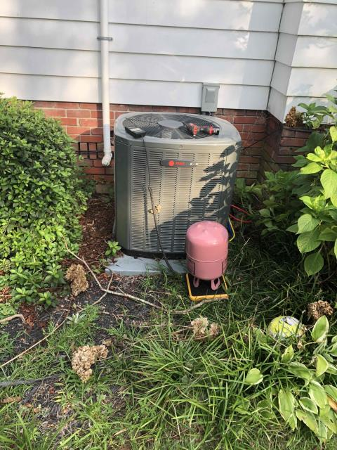 Ayden, NC - Added five pounds of R410a refrigerant to system.