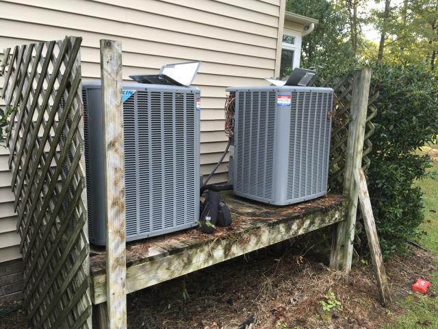 New Bern, NC - Performed preventative maintenance on both split systems.