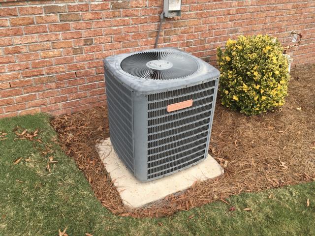 Winterville, NC - Performed preventative maintenance on Goodman split system.